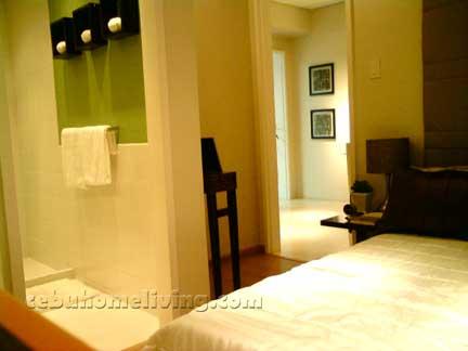 az_bedroom1.jpg